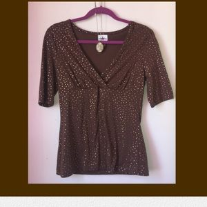 V-neck knit top - sparkly and sexy!